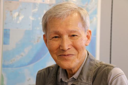 富川 義郎名誉教授にお越し頂き、重文本館展示室の整備の打ち合わせ&準備を行う_c0075701_21212614.jpg