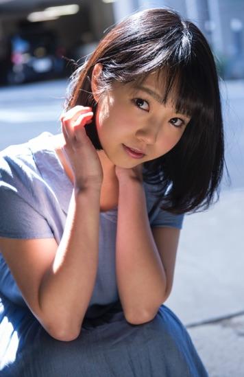戸田真琴さんの無垢で清純な表情が可愛いです。_e0192740_21454784.jpg