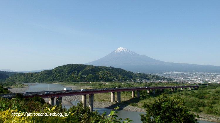 富士山と海ほたる_b0324291_01334394.jpg