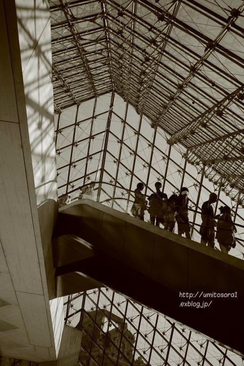ルーヴル美術館へ_b0324291_15063206.jpg