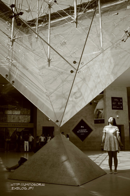 ルーヴル美術館へ_b0324291_15063357.jpg