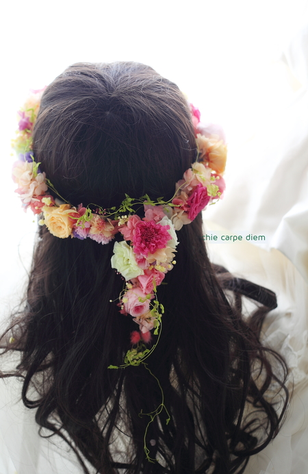 シャワーブーケ 帝国ホテル様へ 花モチーフドレスに花冠と_a0042928_11523896.jpg