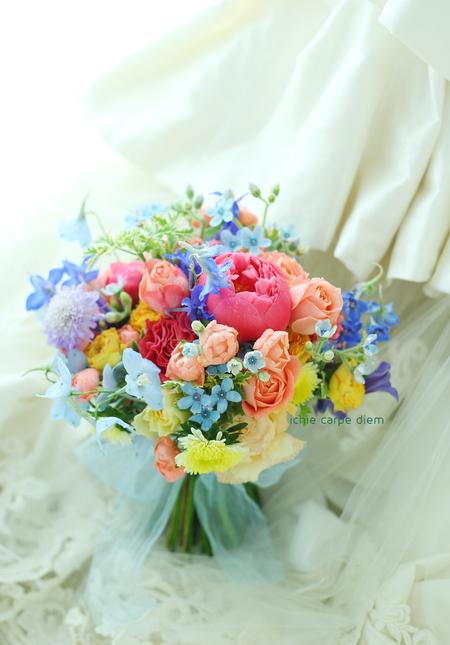 5月のブーケ クラシカ表参道様へ 芍薬コーラルピンク色をいれて_a0042928_23221998.jpg