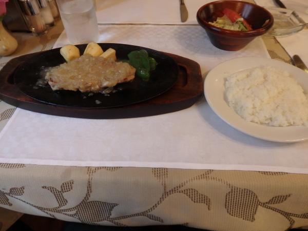 福岡市中央区笹丘に昔からある洋食屋_f0337554_17502481.jpg
