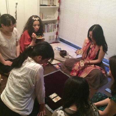 舞姫達を占う〜ベリーダンスイベントにて鑑定です_f0008555_16184855.jpg