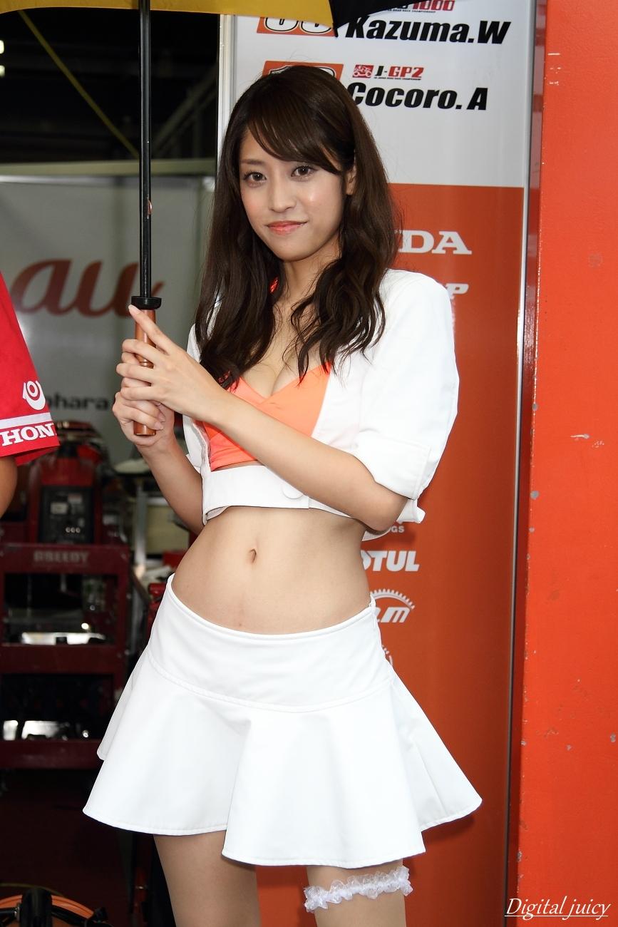 宮崎夏実 さん(au & テルル・Kohara レースクイーン)_c0216181_17594048.jpg