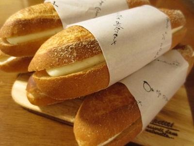 ソフトフランスを焼いてミルクフランス♪_f0231189_17522297.jpg