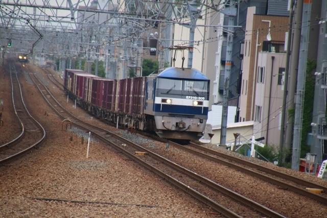 藤田八束の鉄道写真@貨物列車の写真、北海道、東北、関東、山陽、九州を走る_d0181492_10173512.jpg