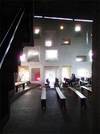 ル・コルビジェの建築_c0195909_8234824.jpg