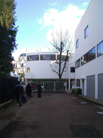 ル・コルビジェの建築_c0195909_825654.jpg