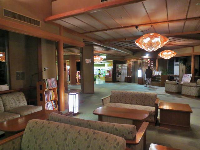 日本一時帰国 四万温泉へ1_b0064411_03472079.jpg