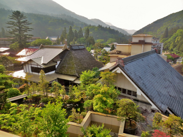 日本一時帰国 四万温泉へ1_b0064411_03530520.jpg