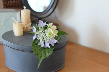 * 6月 flower room 紫陽花の花束とコサージュ♪ *_a0161718_19033123.jpg