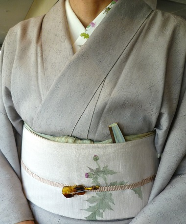 野田さんコンサートのお客様・花織にアザミ帯・半襟_f0181251_1735508.jpg