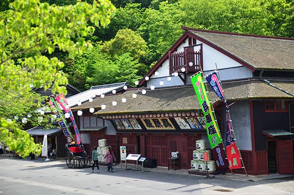 建物探訪「デ・レーケを学び、明治村・如庵を見る」_e0164563_9284716.jpg