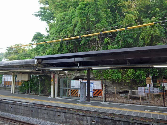 横須賀線は円覚寺の結界である緑の洞門避けて開通_c0014967_11174173.jpg