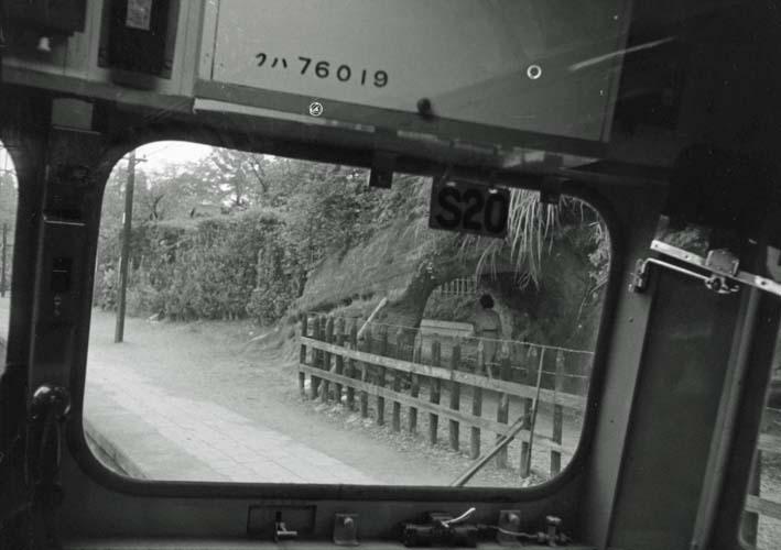横須賀線は円覚寺の結界である緑の洞門避けて開通_c0014967_6461582.jpg