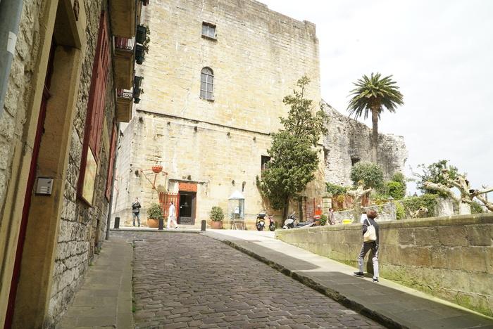 ボルドーからサンセバスチャンへ。ワインとピンチョスの旅 その9 アラメダのバルにて。 _a0223786_1304392.jpg