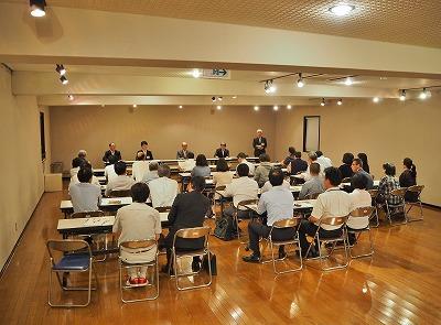会館で「市政懇談会」が開かれました_c0336902_2011492.jpg
