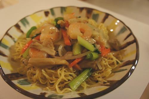 海老と野菜のあんかけ焼きそば_f0215714_1662826.jpg