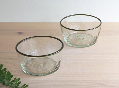 平岩愛子さんのガラスをアップしました!_a0026127_2121286.jpg
