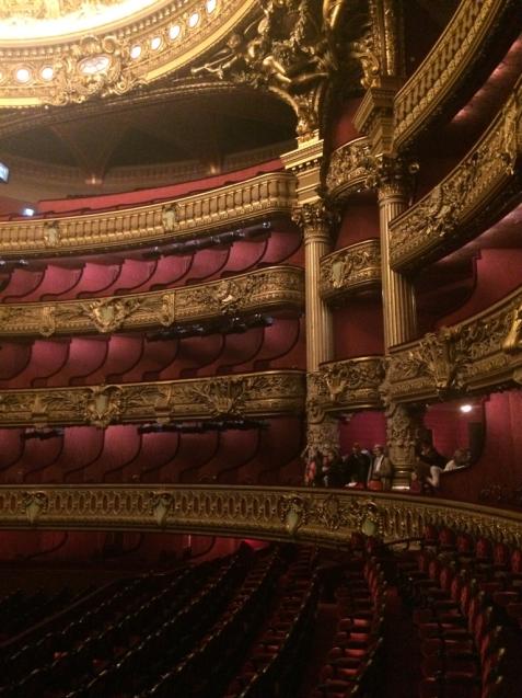 オペラ座  オペラ ガルニエ_d0337937_06350283.jpg
