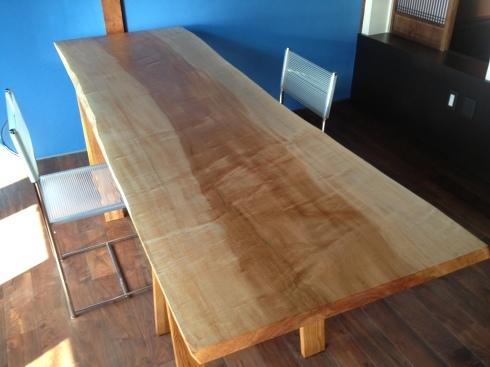 家具〜栃の無垢板のデスクテーブル〜その2_f0348078_13192141.jpg