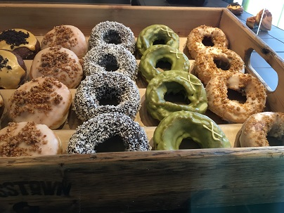 SOHOのドーナッツショップCrosstown Doughnuts_f0238789_23115890.jpg