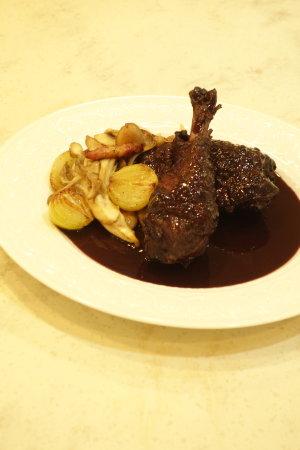 フランス料理:鶏の赤ワイン煮、サラダ・トロペジェンヌ他_b0254207_1339420.jpg