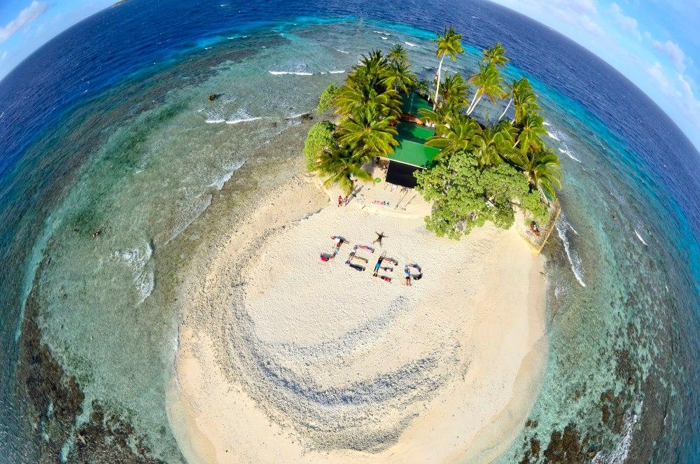 海の日開催!話題の無人島「JEEP島写真展」~宮地岩根~_c0221922_10211535.jpg