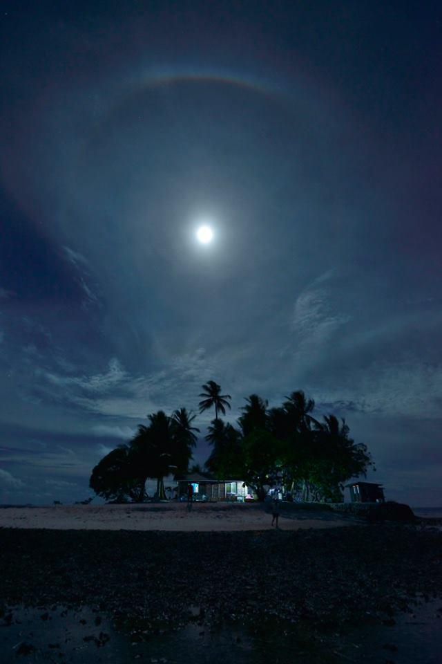 海の日開催!話題の無人島「JEEP島写真展」~宮地岩根~_c0221922_1027739.jpg