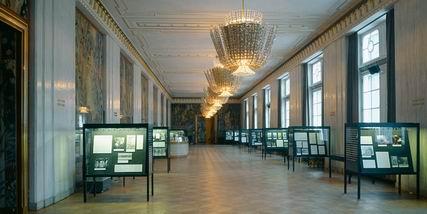 ベートーヴェンの「フィデリオ」 ウィーン国立歌劇場の公演から_a0280569_0311493.jpg