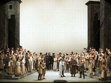 ベートーヴェンの「フィデリオ」 ウィーン国立歌劇場の公演から_a0280569_0323290.jpg