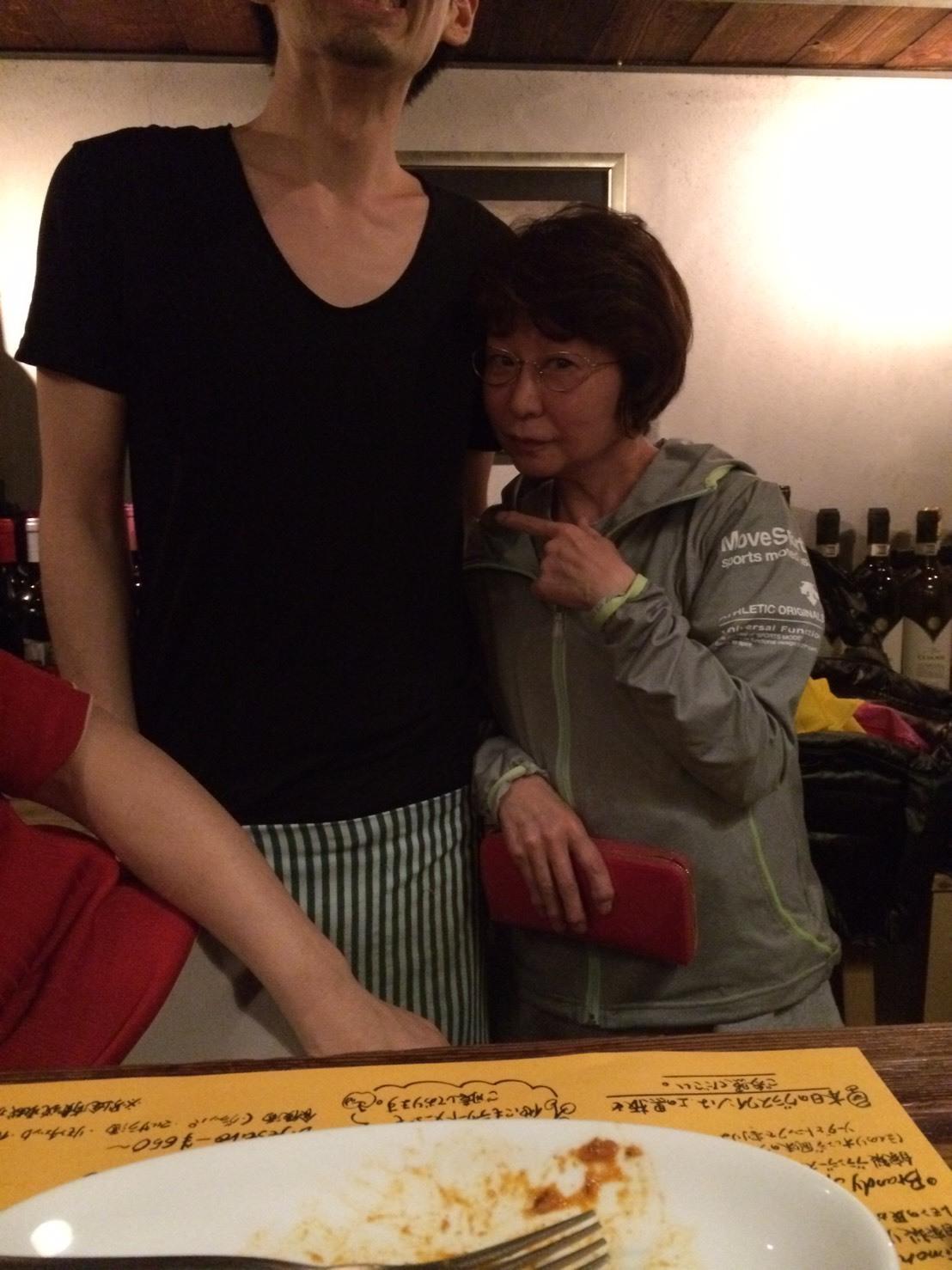 従姉妹の英恵ちゃん_a0163623_23345208.jpg