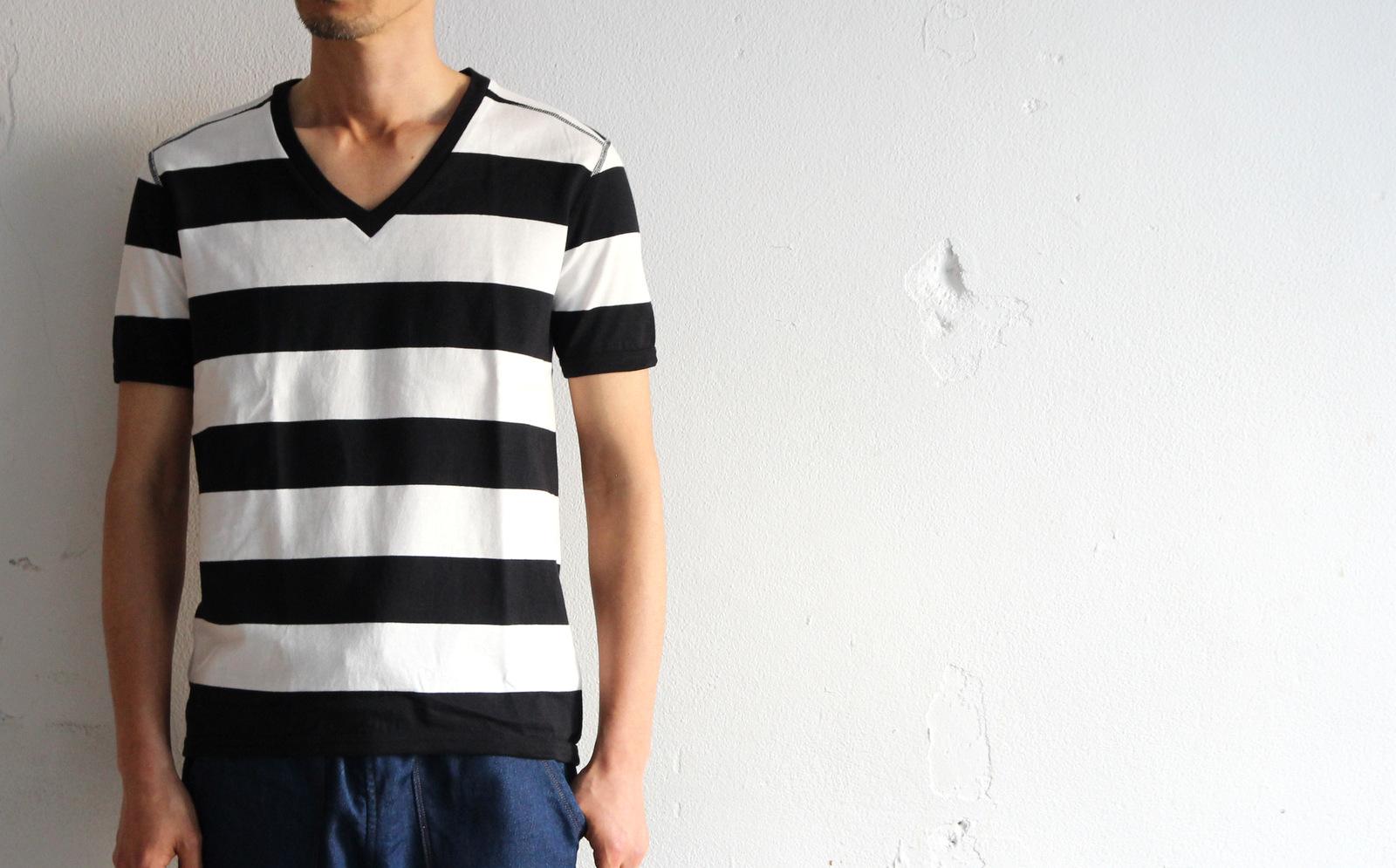 Perfect Inner Wide Border V T-shirt_e0142928_18424327.jpg
