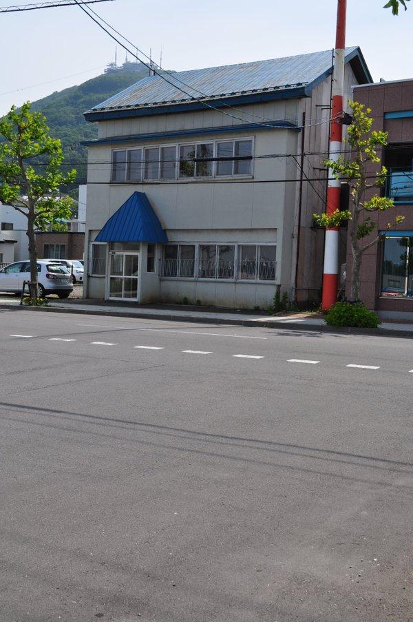 函館市大町の旧松橋商店(函館の建築紹介)_f0142606_554632.jpg