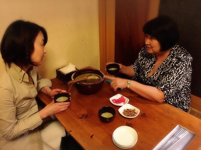 驚愕のキノコ鍋 in 弘大(ホンデ)_b0060363_1135226.jpg