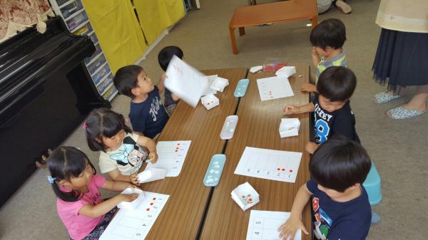 幼稚園クラス 年少さん_a0318871_18373753.jpg
