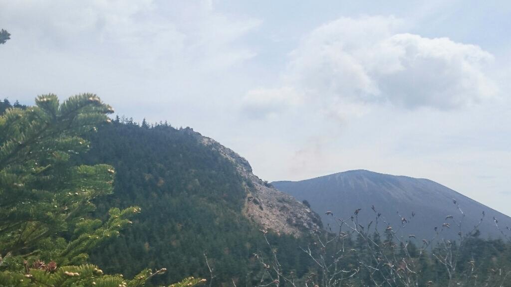 黒斑山へ。_e0254750_18483108.jpg