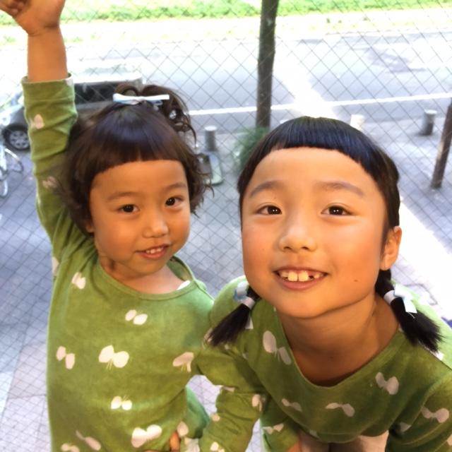 可愛い姉妹!!_a0272765_1684484.jpg