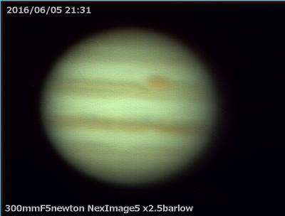 しょぼい木星_a0095470_23594431.jpg