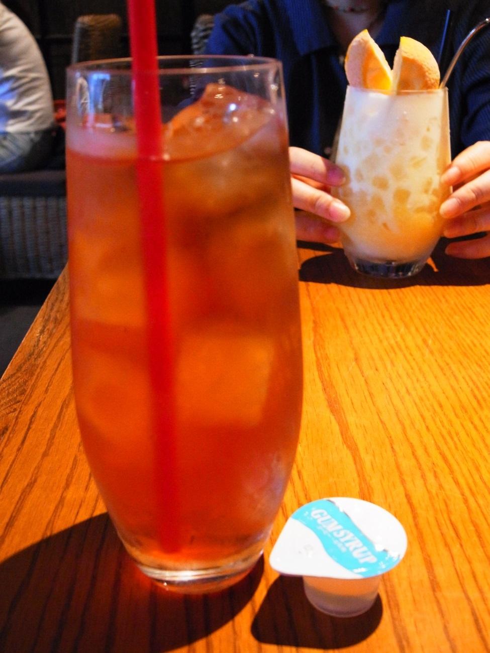 スイーツは美味しい。でも〔C+(ツェープラス)/ダイニングカフェ/阪急梅田〕_f0195971_10162666.jpg