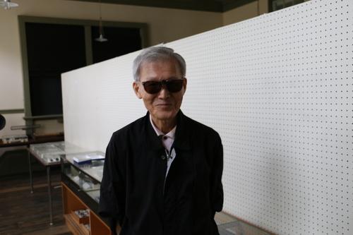 富川 義郎名誉教授にお越し頂き、重文本館展示室の整備の打ち合わせ&準備を行う_c0075701_12505752.jpg