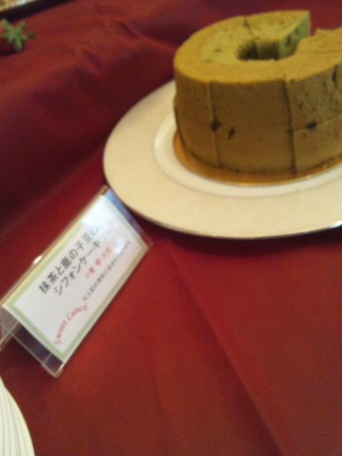 ホテルオークラ東京ベイ テラス スイートランチ~パティシエ8人のマイフェイバリット~_f0076001_22572213.jpg