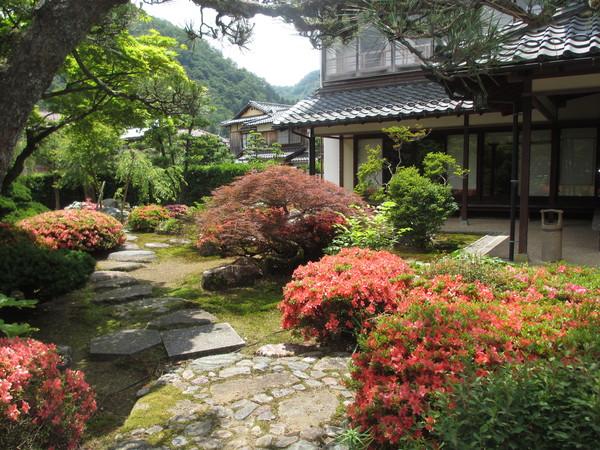 山中温泉・菖蒲湯祭と「雪垣」句会_f0289632_095727.jpg