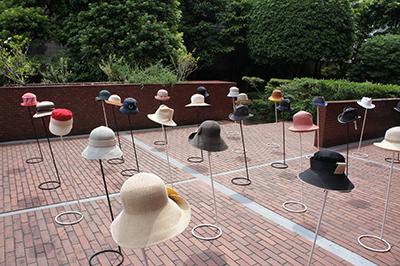 石田欧子 帽子展 「LE COUP DU CHAPEAU−パリの後で」開催中です!_f0171840_1471697.jpg
