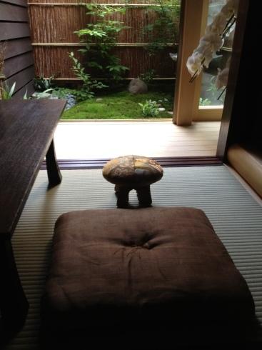 和室の座椅子〜木工 七木さんより_f0348078_12585255.jpg