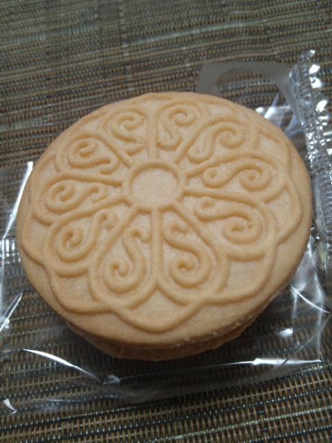 プレミアムアイス クッキーサンド_f0076001_23121960.jpg