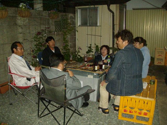 今年の裏庭。お花や野菜で一杯です!_f0055803_1558898.jpg