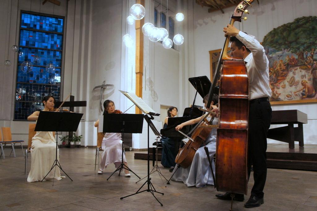 KEBT Schuberts Quintette 公演_c0180686_15095837.jpg